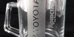 Гравировка на стеклянной чашке - Toyota