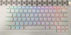 Лазерная гравировка (руссификация) клавиатуры с белыми кнопками и RGB-подсветкой